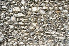 Pared de la iglesia de los escombros del ragstone del pedernal imagen de archivo