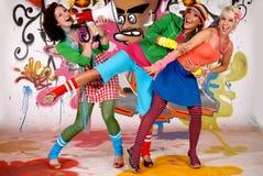 Pared de la pintada de la diversión de los amigos Imagenes de archivo