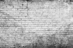 Pared de ladrillo blanca vieja Imagenes de archivo