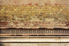 Pared de ladrillo con los detalles - fondo de Synagoge Foto de archivo libre de regalías