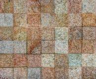 Pared de ladrillo elegante de la pequeña piedra cuadrada Foto de archivo libre de regalías