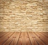 Pared de ladrillo moderna en blanco y suelo de madera Fotografía de archivo