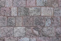 Pared de ladrillo de piedra vieja de la iglesia del ` s de StPeter Foto de archivo libre de regalías
