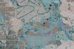 Pared de ladrillo pintada futurista moderna con los rasguños, los puntos y las grietas fotografía de archivo