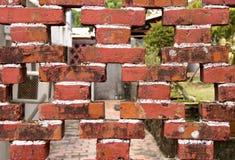 Pared de ladrillo resistida Imagen de archivo libre de regalías