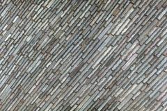 Pared de las piedras rectangulares localizadas diagonalmente imagen de archivo