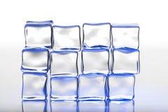 Pared de los cubos de hielo Fotos de archivo