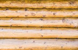 Pared de los haces gruesos de la madera Fotografía de archivo libre de regalías
