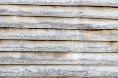 Pared de madera de la casa retra en rural Foto de archivo libre de regalías