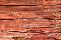 Pared de madera pintada rojo típico en Suecia Foto de archivo