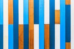 Pared de madera pintada vieja Imagenes de archivo