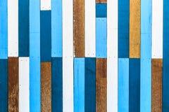 Pared de madera pintada vieja Foto de archivo