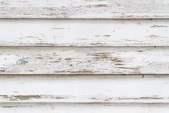 Pared de madera resistida viejo blanco fotos de archivo libres de regalías