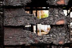 Pared de madera rota quemada Fotografía de archivo libre de regalías