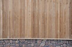Pared de madera y de piedra Imagen de archivo