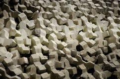 Pared de mar de los bloques de cemento fotos de archivo