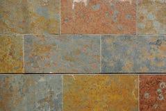 Pared de piedra colorida Foto de archivo libre de regalías