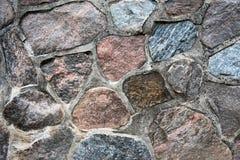 Pared de piedra de campo con el mortero Fotografía de archivo libre de regalías
