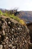 Pared de piedra en Guijo imagen de archivo