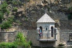 Pared de piedra en Tbilisi, Georgia Imágenes de archivo libres de regalías