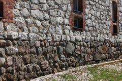 Pared de piedra de la ciudad medieval foto de archivo libre de regalías