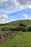 Pared de piedra seca en Derbyshire Inglaterra Imágenes de archivo libres de regalías
