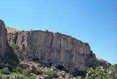 Pared de piedra, valle Foto de archivo