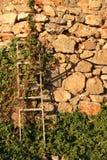 Pared de piedras apiladas foto de archivo libre de regalías