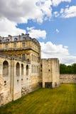Pared del castillo de Vincennes fotos de archivo