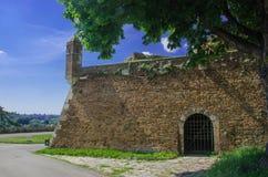 Pared del castillo viejo Imágenes de archivo libres de regalías