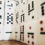Pared del dominó Imagenes de archivo