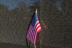 Pared del monumento de los veteranos de Vietnam Imagen de archivo libre de regalías