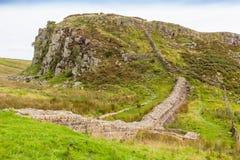Pared del ` s de Hadrian en Northumberland imagen de archivo