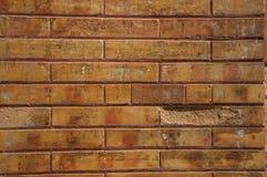 Pared hecha de ladrillos en fachada del edificio de tienda en Mérida fotografía de archivo