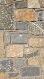 Pared hecha de piedras Foto de archivo libre de regalías