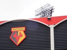 Pared lateral del estadio del club del fútbol de Watford, camino de la vicaría, Watford fotografía de archivo
