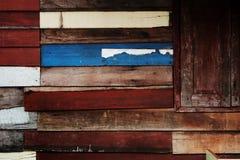 Pared local retra decorativa de la escena del estilo del vintage de Tailandia con de madera áspero Imagen de archivo
