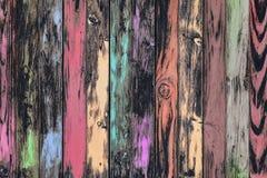 Pared multicolora resistida del tablero Fotos de archivo