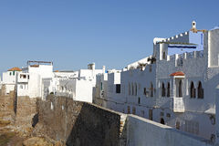 Pared portuguesa de la ciudad en Assila, Marruecos Foto de archivo