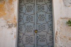 Pared texturizada puerta del hierro Imagenes de archivo