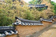 Pared tradicional coreana en Seul fotografía de archivo