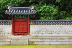Pared tradicional de la arquitectura de Corea Imagenes de archivo