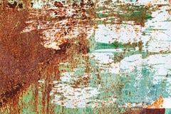 Pared vieja del metal del grunge con la pintura de la peladura fotografía de archivo libre de regalías
