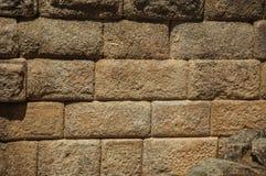 Pared vieja hecha de piedra grande en Roman Theater de Mérida imagen de archivo libre de regalías