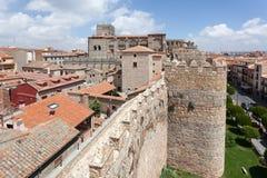 Pared y catedral antiguas de Ávila Fotos de archivo libres de regalías