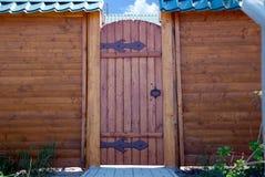 Pared y puerta fotografía de archivo libre de regalías