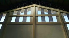 Pared y ventana de Warehouse Foto de archivo libre de regalías
