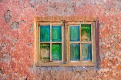 Pared y ventana texturizadas fotografía de archivo
