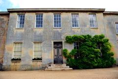 Pared y ventanas clásicas hermosas Fotografía de archivo libre de regalías