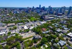 Parede aérea de Austin Graffiti com os capitais da mola 2016 do monte do castelo da opinião do centro de América sobre o capital  Imagens de Stock